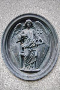 Música en el cementerio